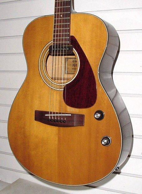 Rare vintage yamaha fg 110e 1972 natural acoustic electric for Yamaha acoustic electric guitar