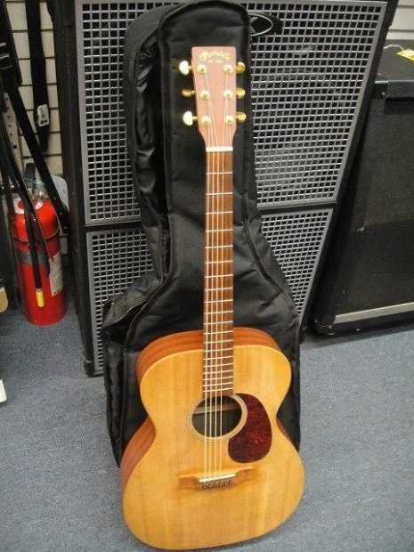 Martin 000x1 Acoustic Guitar With Under Saddle Pickup W
