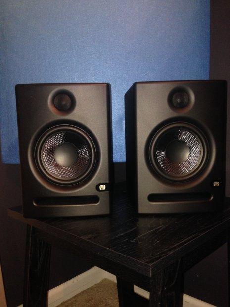 presonus eris e5 studio monitors pair reverb. Black Bedroom Furniture Sets. Home Design Ideas