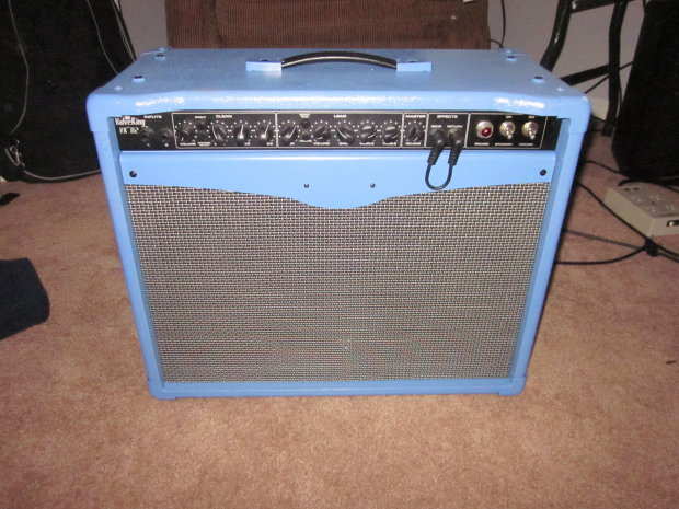 heavily modded peavey valveking in wildfire blue new tubes new eminence new reverb amazing. Black Bedroom Furniture Sets. Home Design Ideas