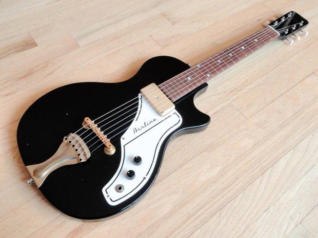 1963 airline supro model 7214 vintage amp in case electric guitar by valco reverb. Black Bedroom Furniture Sets. Home Design Ideas