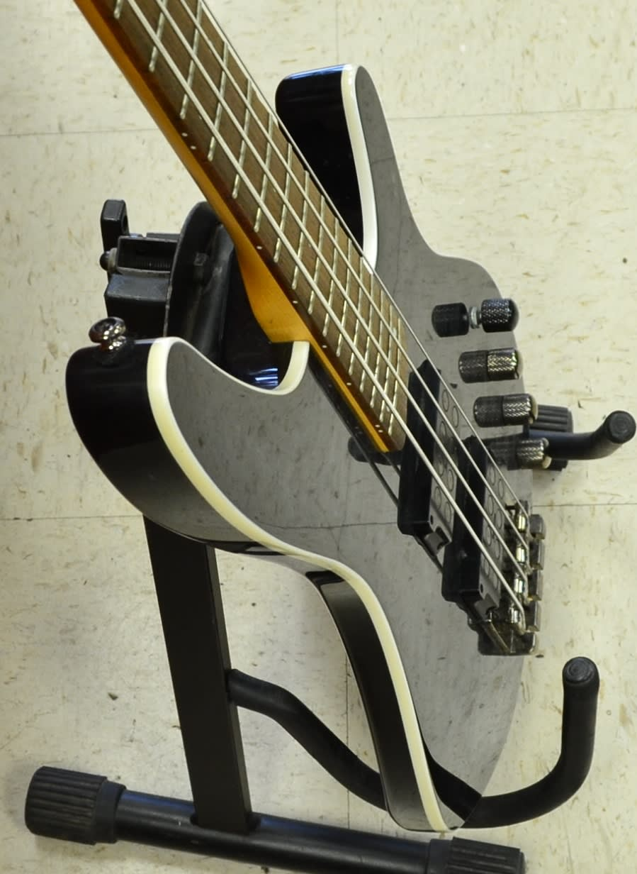 Ibanez SRX3EXQM1 4-String Bass Guitar with Quilt Maple Top