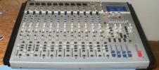 LTO L-16 Silver 16-Channel 2 + 4-Bus Mixer with DSP image