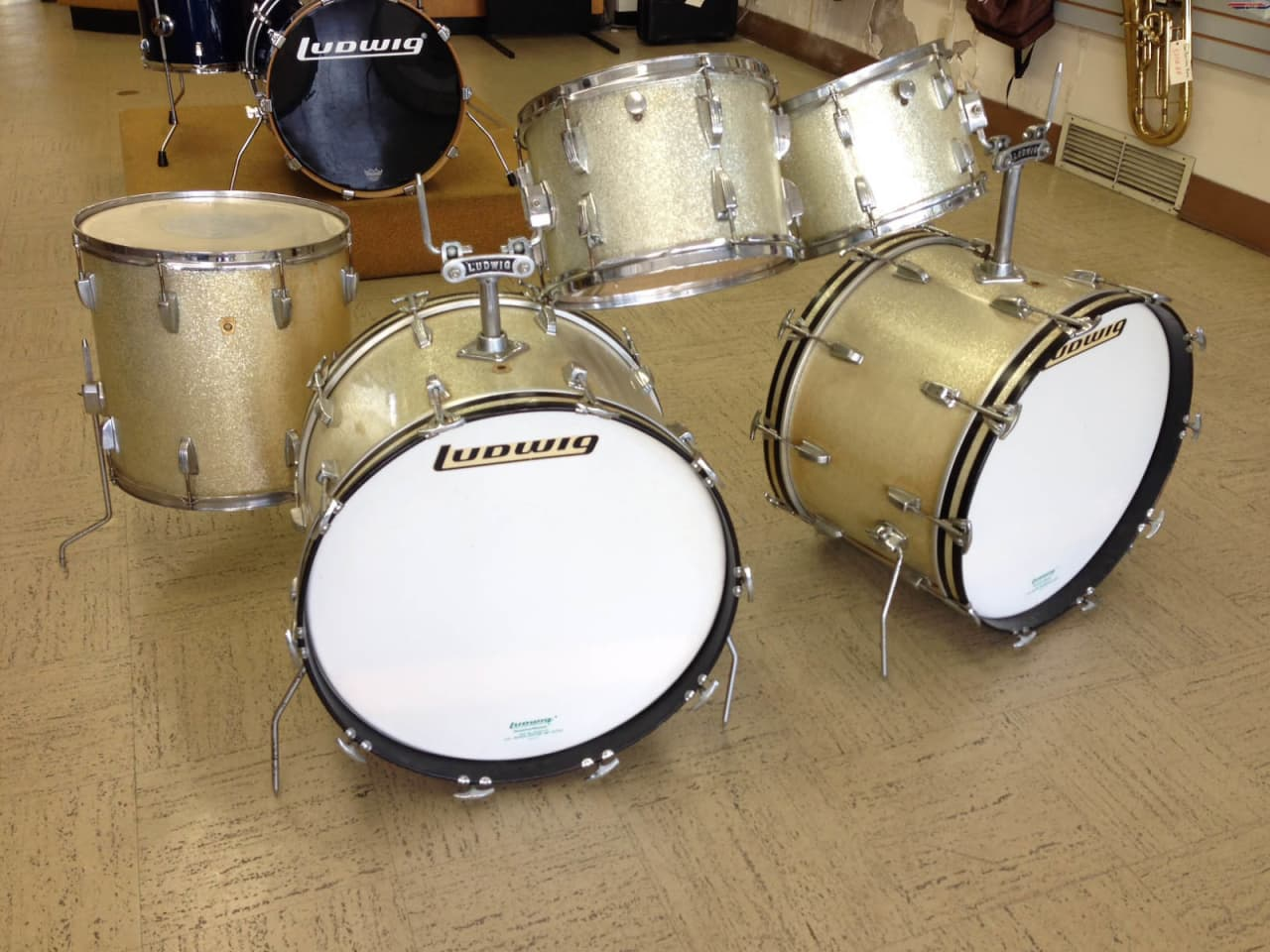 Ludwig 1968 silver sparkle drum set reverb for 16 x 12 floor tom