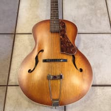 Godin 5th Avenue Archtop Acoustic Guitar w/Tweed Hard Shell Case image
