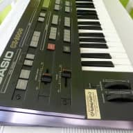 Casio CZ 3000 Synthesizer in excellent condition