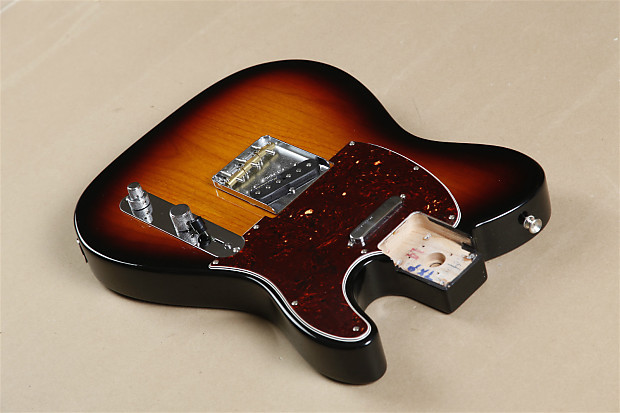 Fender Deluxe Telecaster Thinline - Candy Apple Red with