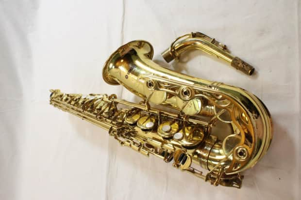 Yamaha yas 62 professional alto saxophone purple label for Yamaha 62 alto saxophone