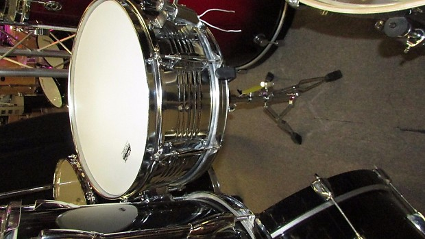 Yamaha stage custom 5 piece standard drum set kit w tom for Yamaha stage custom steel snare drum 14x6 5