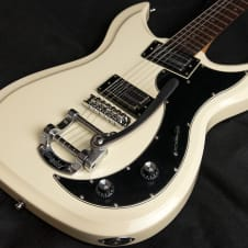 Godin Dorchester 2015 Cream with Bigsby and Lace pickups image