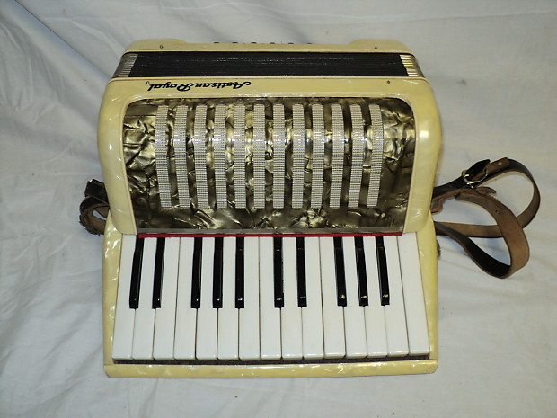 Firenze Accordion ~ Vintage ~Italian Accordion~with case~Original ...