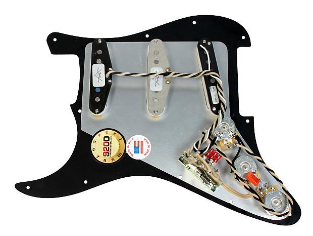 920d Custom Loaded Strat Pickguard Duncan Fender Bk  Wh Ssl