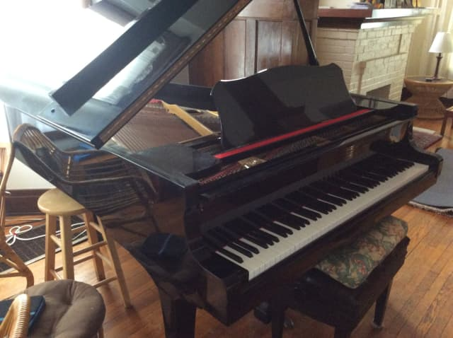 Yamaha g3 1973 6 39 grand piano in ebony polish audiofanzine for Yamaha cp5 price