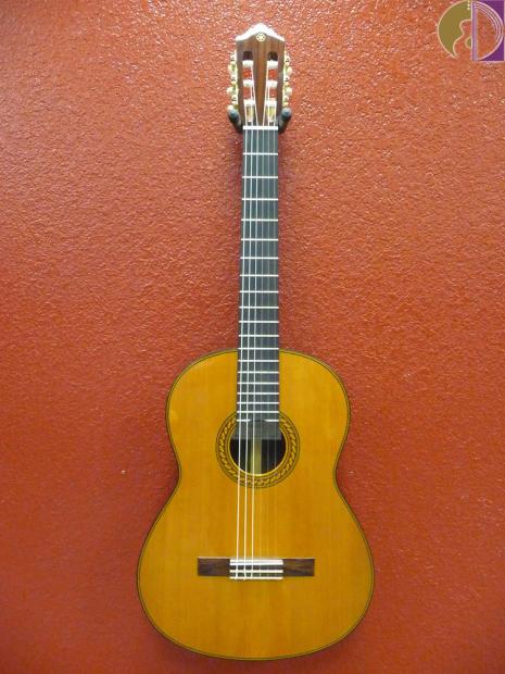 Yamaha cg192c classical guitar solid cedar top reverb for Yamaha solid top