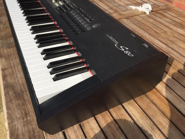 Yamaha s80 88 weighted key synthesizer digital piano for Yamaha digital piano controller