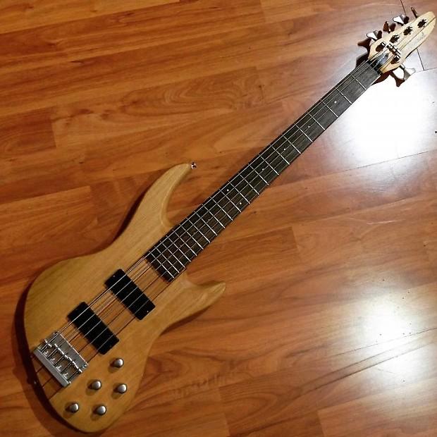 dearmond pilot dlx v 5 string bass guitar reverb. Black Bedroom Furniture Sets. Home Design Ideas