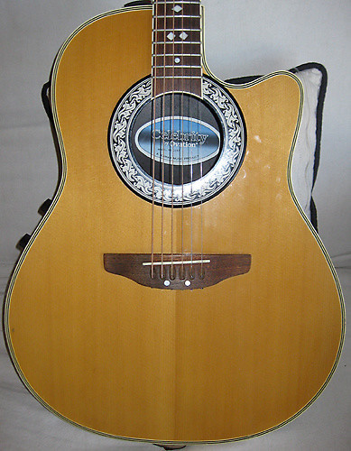 Acoustic Electric - Ovation Celebrity Cc