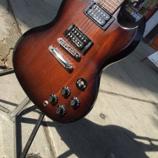 Gibson Sg 70's Tribute 2013 Tabacco Bust image