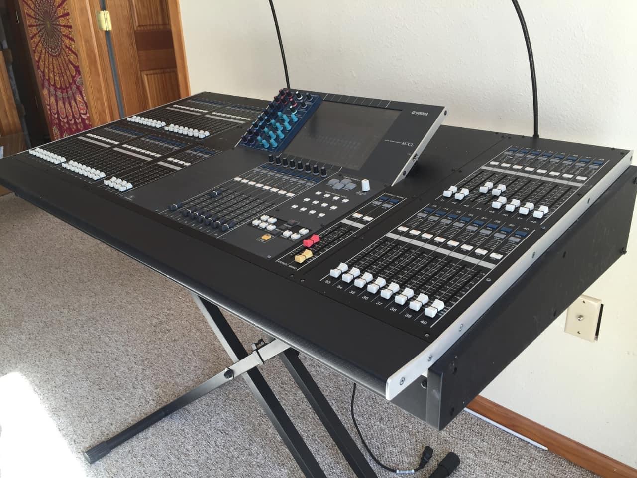 Yamaha m7cl 48 digital mixer with meter bridge m 7 c l cl for Yamaha cl mixer