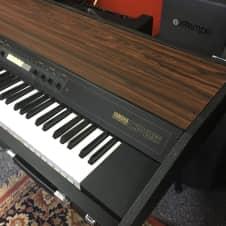 Yamaha CP25 Electric Piano Keyboard image