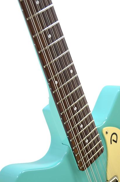 aqua hair dark guitar - photo #19