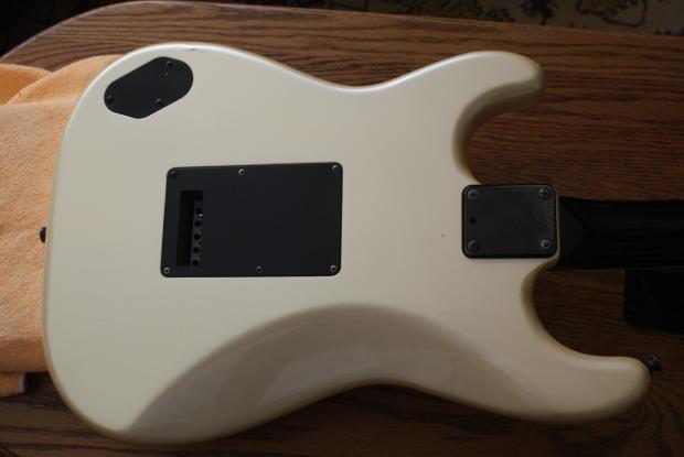 Fender Mij Stratocaster Contemporary Model Hss W 1vol