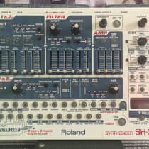 Roland SH-32 image