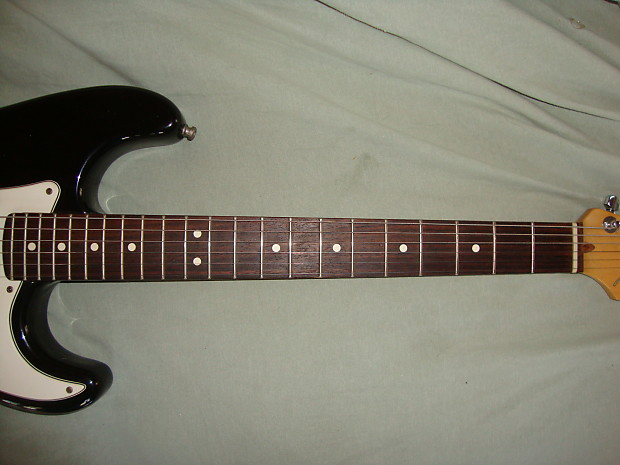 how to clean a dirty rosewood fretboard