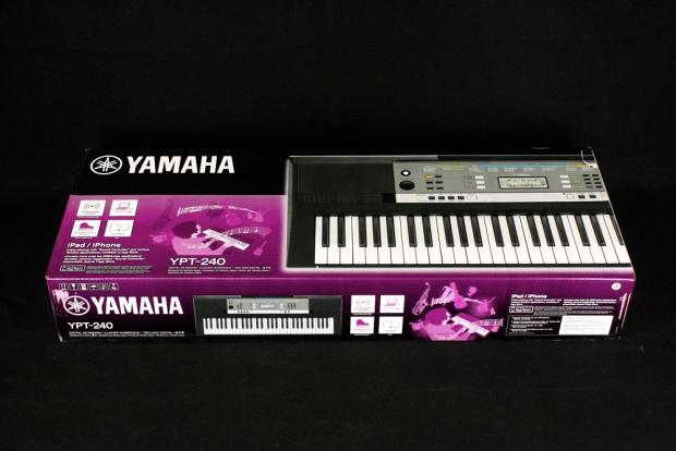 yamaha ypt 240 61 key digital keyboard reverb. Black Bedroom Furniture Sets. Home Design Ideas