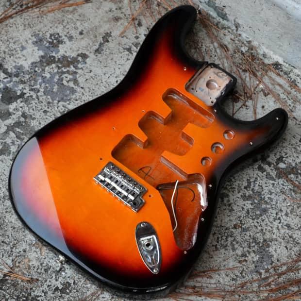 fender stratocaster 2007 sunburst body mim strat body with