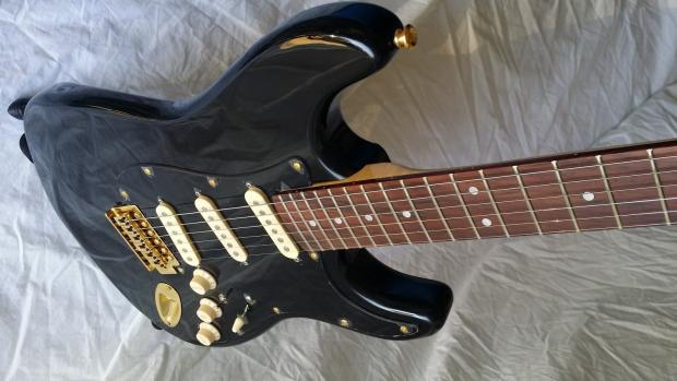 Custom Build Tuxedo Stratocaster Tribute Gilmour Mod