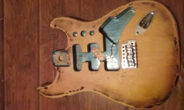 Fender Stratocaster 1997 Relic Strat Solid Wood Body Mim
