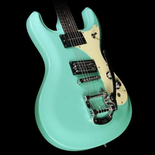 aqua hair dark guitar - photo #18