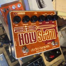 Electro Harmonix Holy Stain image