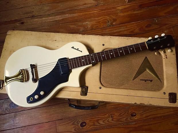 vintage airline 7214 electric guitar and tube amp hard case reverb. Black Bedroom Furniture Sets. Home Design Ideas