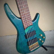<p>Ibanez SR506 Six-String Electric Bass</p>  for sale