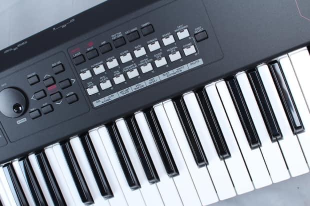 Yamaha mx61 61 key motif music synthesizer controller reverb for Yamaha digital piano controller