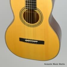 Huss and Dalton Single 0 12-fret, Mahogany, Adirondack, Bearclaw Parlor Guitar image