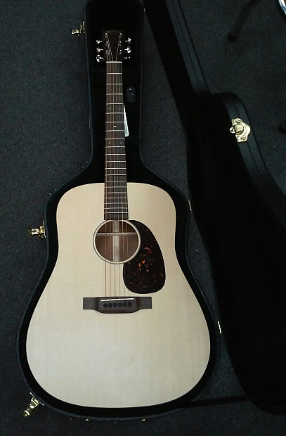 unique martin d15 special dreadnought with hard case free reverb. Black Bedroom Furniture Sets. Home Design Ideas