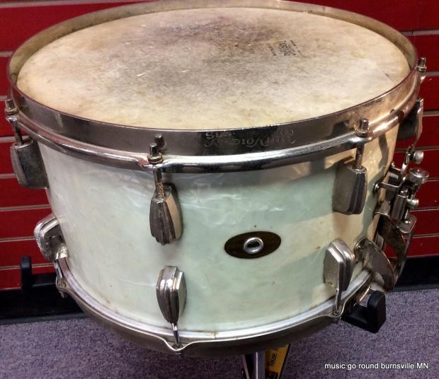 slingerland radio king snare drum 1953 56 white marine pearl 14x8 reverb. Black Bedroom Furniture Sets. Home Design Ideas