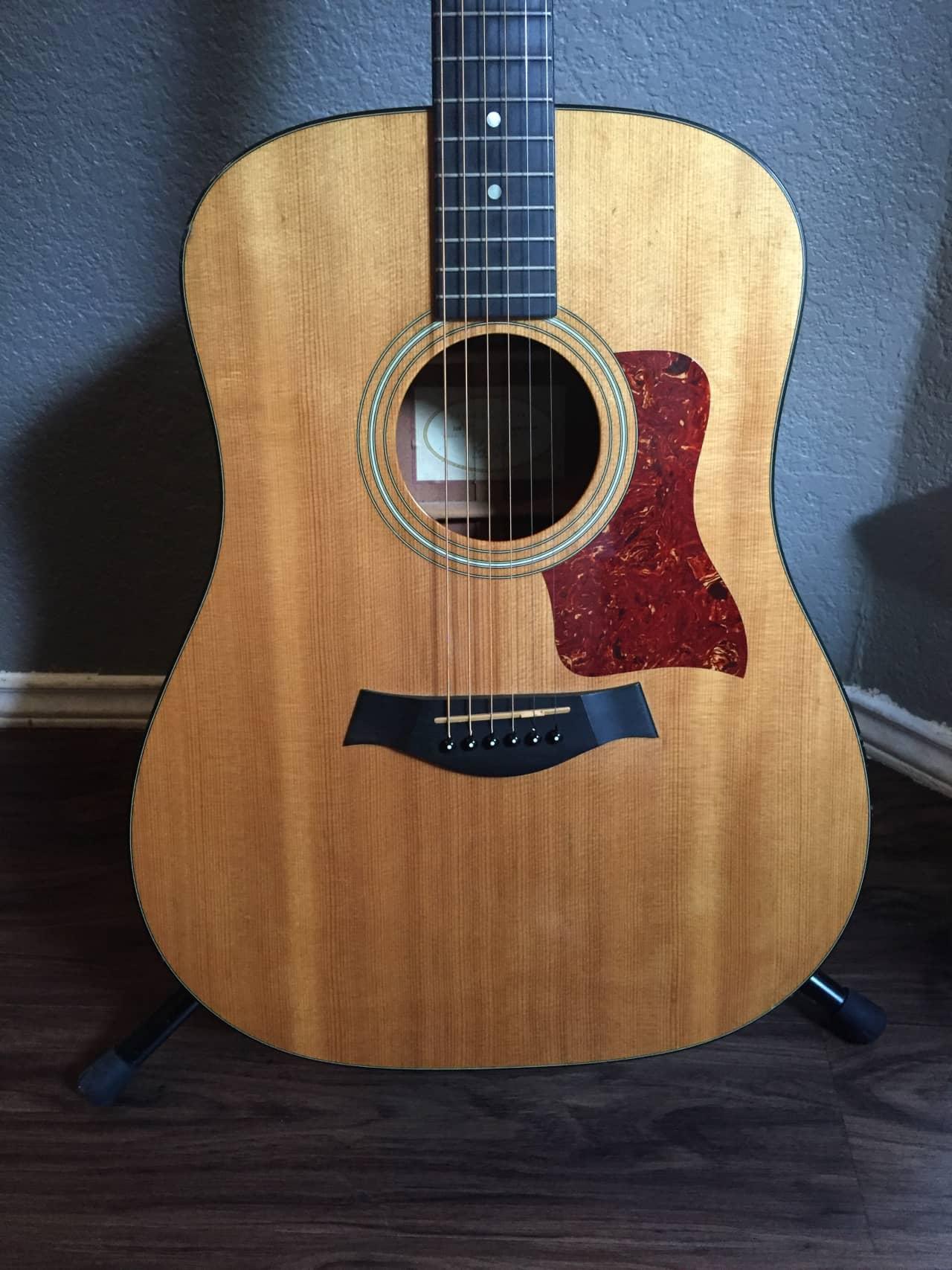 taylor 310 acoustic guitar w hardcase awesome used guitar reverb. Black Bedroom Furniture Sets. Home Design Ideas
