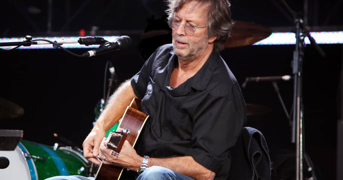 eric clapton reveals nerve damage has limited his ability to reverb. Black Bedroom Furniture Sets. Home Design Ideas