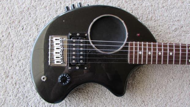 fernandes nomad travel guitar with built in effects and drum reverb. Black Bedroom Furniture Sets. Home Design Ideas