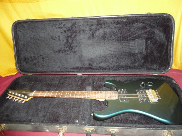 vintage 1980 39 s kramer striker 200st guitar with original case w floyd tremolo reverb. Black Bedroom Furniture Sets. Home Design Ideas