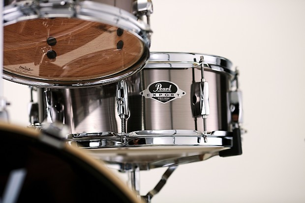pearl snare drums export series 14x5 5 snare drum pure reverb. Black Bedroom Furniture Sets. Home Design Ideas