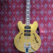 Epiphone Riviera P-93 MG 2010 Gold image
