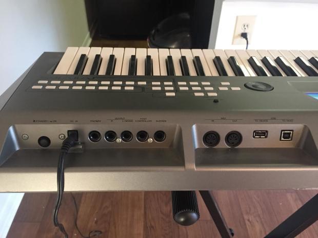 Yamaha mm6 workstation synthesizer keyboard 61 key w for Yamaha keyboard sustain pedal