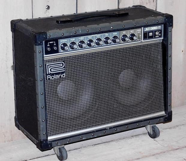 roland jc 77 2x10 combo amp awesome loud clean tone reverb. Black Bedroom Furniture Sets. Home Design Ideas