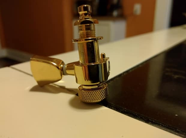 Esp Guitar Locking Tuners : esp ltd locking tuners gold reverb ~ Russianpoet.info Haus und Dekorationen