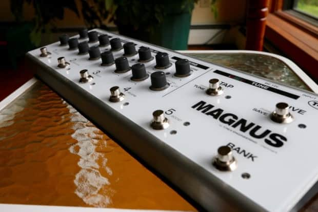 T-Rex Engineering Magnus Boutique Multi-Effects Guitar ...